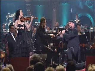Lucia Micarelli und Ian Anderson spielen Mozart