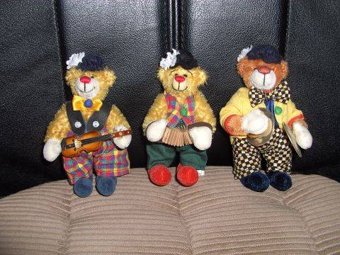 Christas Bärchen: Drei Clownbären