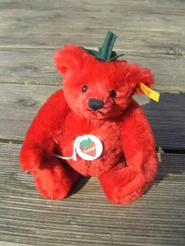 Christas Bärchen: Erdbeere von Steiff - Fruities-Serie 2001