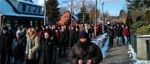 Tostedt wehrt sich gegen Neonazis © NDR