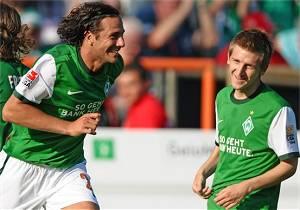 3. Spieltag: Pizarro und Marin beim 3:0 gegen Gladbach