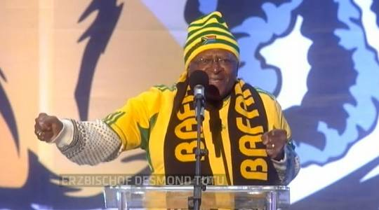 Desmond Tutu bei der WM 2010 in Südafrika
