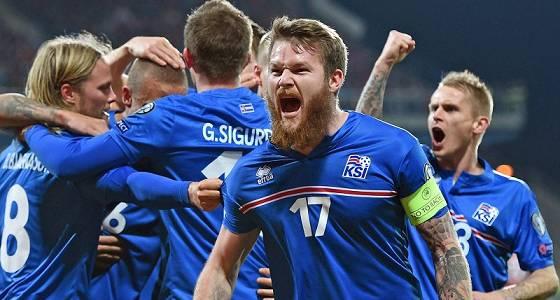 Fußball-EM-Qualifikation: Sieg der Isländer gegen Tschechien mit 2:1