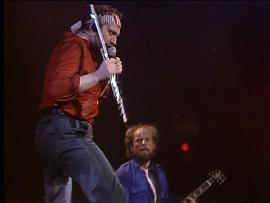 Ian Anderson plitschnass: Jethro Tull live - Under Wraps-Tour 1984