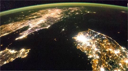Schwarzes Loch: Nordkorea im Dunkeln © ISS
