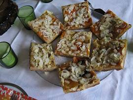 veganer Aprikosen-Mandel-Kuchen