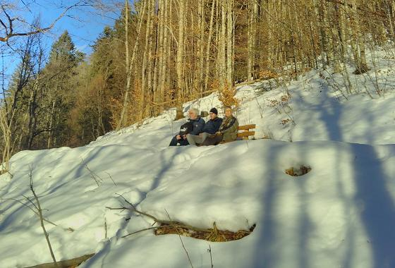 Pause auf dem Weg zum Berggasthof Eckbauer – 26.12.2017 © Jan Albin