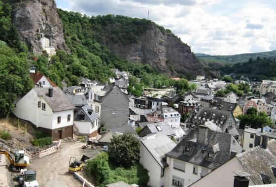 Foto 7: Felsenkirche von Idar-Oberstein samt Teile der Stadt