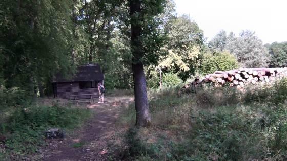 Über Stock und Stein: Karschholz-Hütte