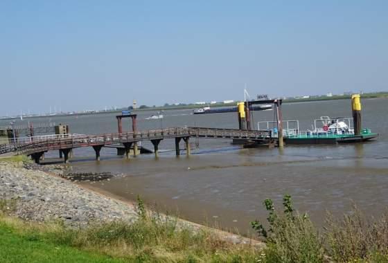Blick auf die Weser bei Nordenham
