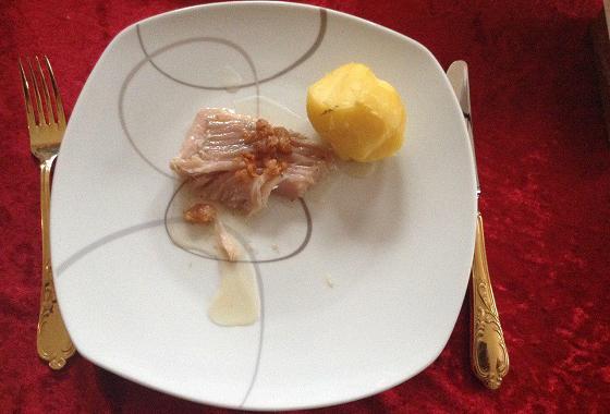 Kæst Skata - mit Kartoffeln und ausgelassenem Speck