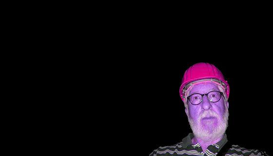 Willi mit Helm in lila (Edelsteinminen Idar-Oberstein Juli 2019)