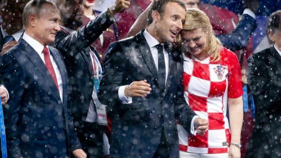 'Schirmherr' Putin lässt Macron und Frau Grabar-Kitarović im Regen stehen